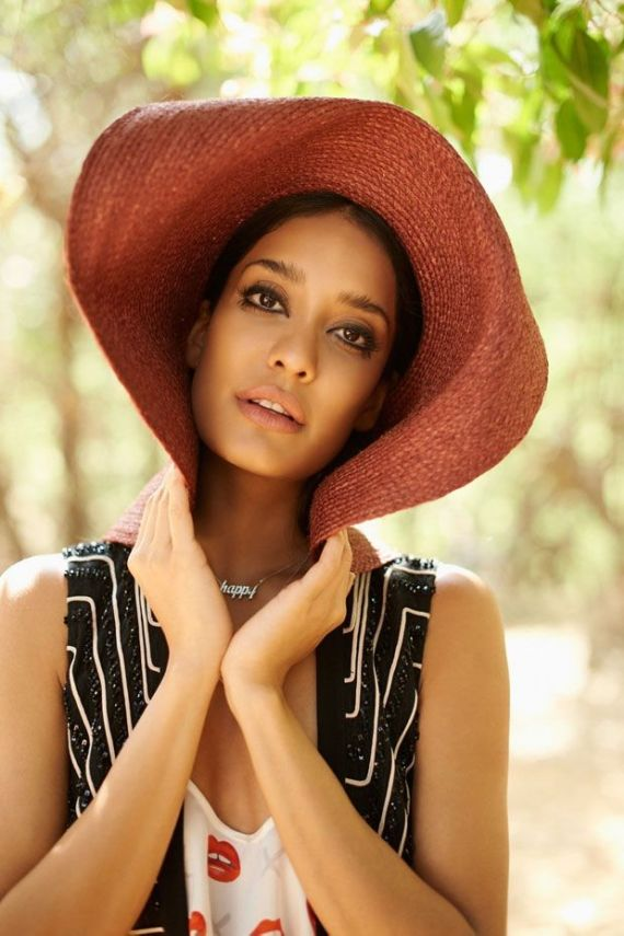 Lisa Haydon Shoots For ELLE