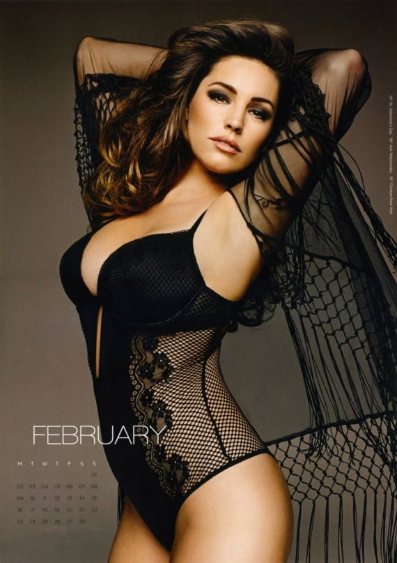 Click to Enlarge - Kelly Brook For Official 2015 Calendar