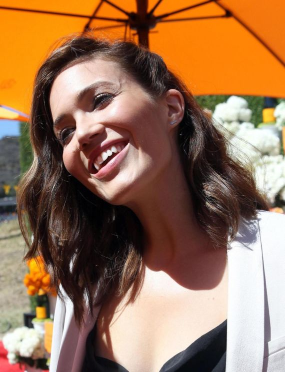 Mandy Moore At Veuve Clicquot Polo Classic