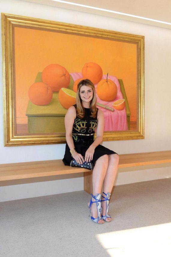 Mischa Barton At Fernando Botero Art Exhibition