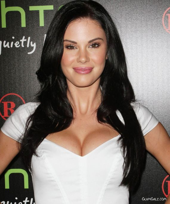 Truly Beautiful Jayde Nicole