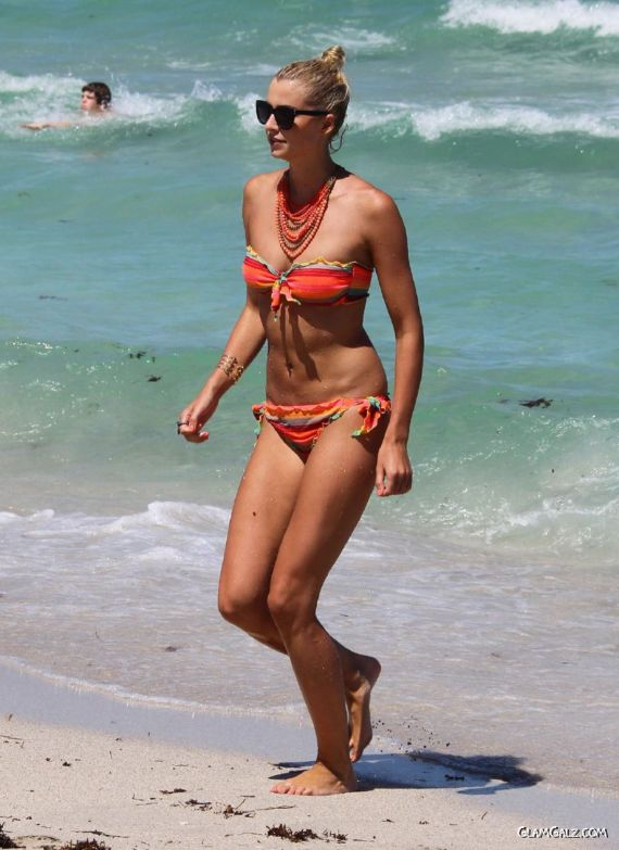 Lena Gercke At The Beach In Miami