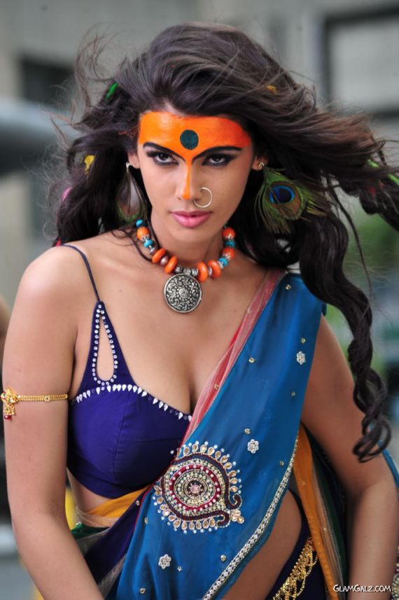 Gabriela Bertante Stills From An Item Song