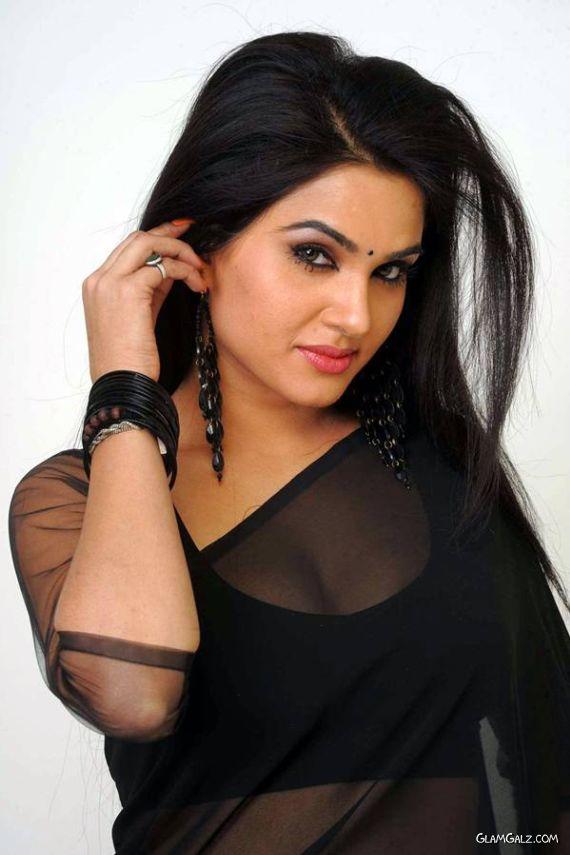 Tollywood Actress Kavya Singh