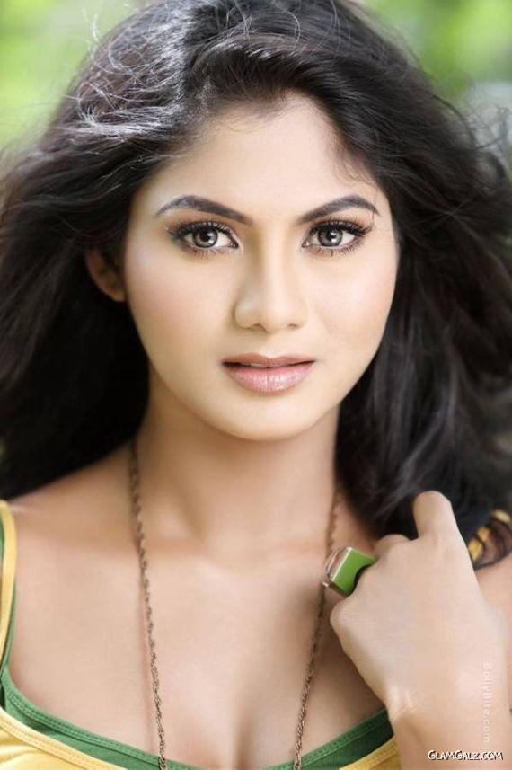Shruti Reddy Exclusive Photo Gallery