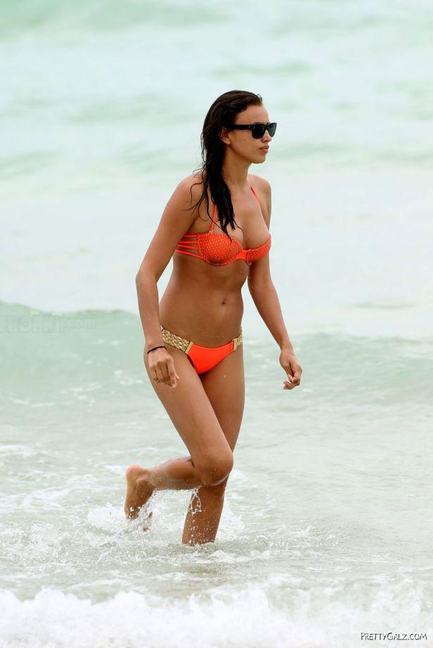 Irina Shayk On A Bikini Vacation In Miami