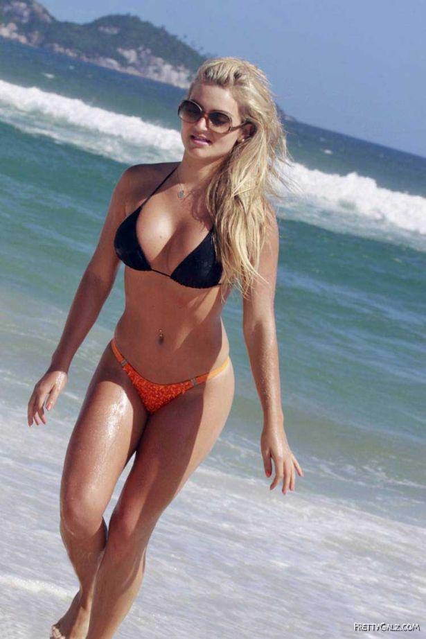 Thaiz Schmitt On A Bikini Vacation In Rio